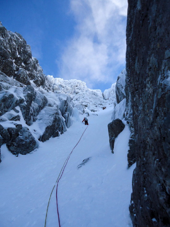 BEN NEVIS 1.344m - Cara Norte - Glovers Chimney (III, 4, 200m) #13