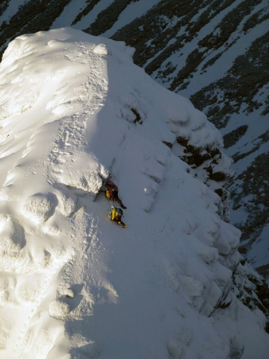 BEN NEVIS 1.344m - Cara Norte - Glovers Chimney (III, 4, 200m) #56