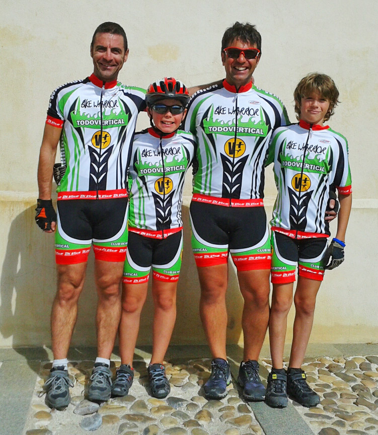 DAVID, UNAI, JONÁS Y JON  - BIKE WARRIORS