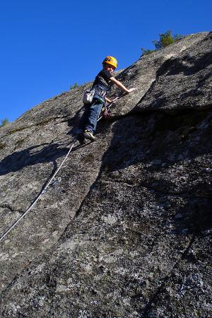 http://www.todovertical.com/fotos/escalada-guadarrama-abr09-0009.jpg