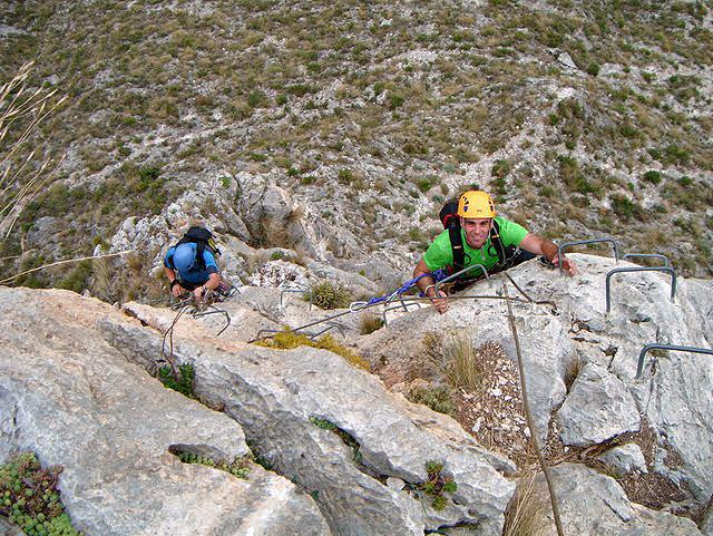 Ferrata del Ponoig - Durante la realización de la vía Ferrata del Ponoig -Foto: Fran Nava - 2 Noviembre 2011