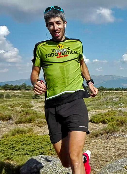 JOSÉ IRUROZQUI SOTO - Entrenador Trail Running Academy Club TODOVERTICAL