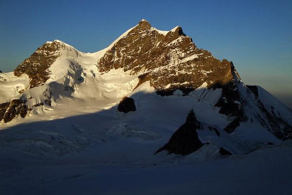 Jungfrau (4.158m). Alpes Berneses - 10 Septiembre 2009