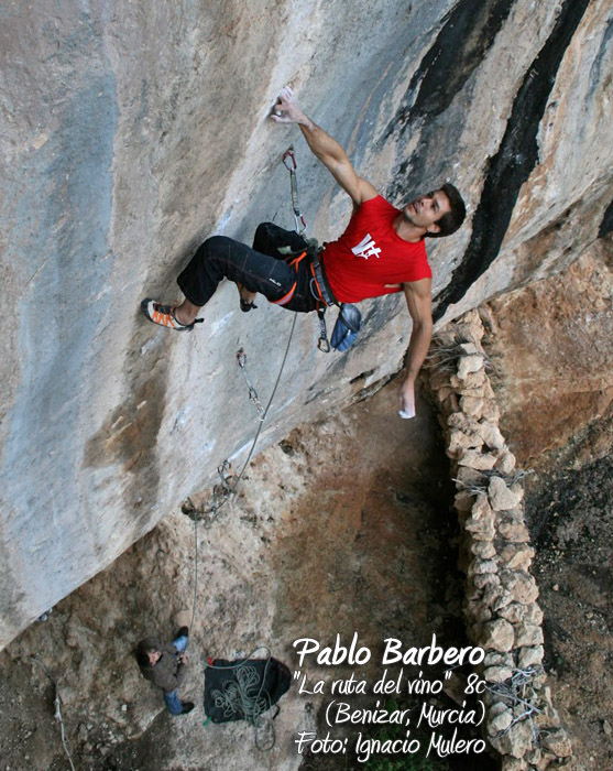 Pablo Barbero en La ruta del vino (8c) - Foto: Ignacio Mulero - Noviembre 2012 - Benizar (Murcia)