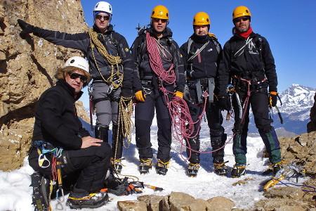Curso Alpinismo Avanzado en Pirineos Semana Santa 2012 » 4-8 Abril 2012 - Curso de Alta Montaña Invernal Avanzado en Pirineos - Curso de Alpinismo Nivel 2 en Pirineos - Curso de técnica invernal y alpinismo avanzado en Pirineos - Corredores, escalada en hielo y terreno mixto
