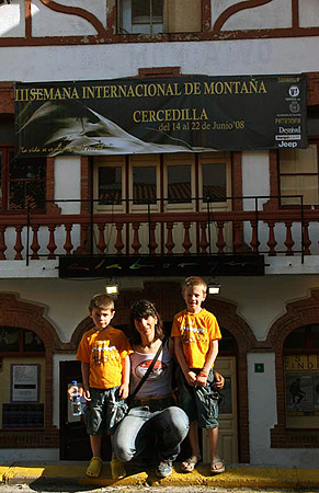 http://www.todovertical.com/fotos/sim_III_cercedilla_2008_cecilia_buil.jpg