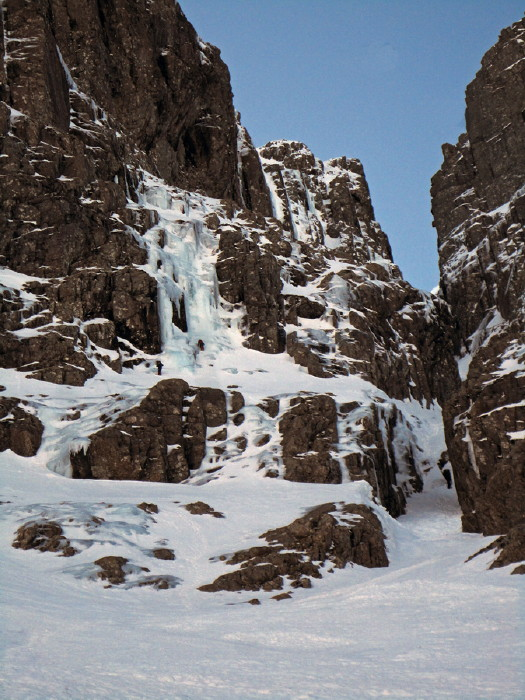 BEN NEVIS 1.344m - Cara Norte - South Castle Gully (II, WI2,210m) #15